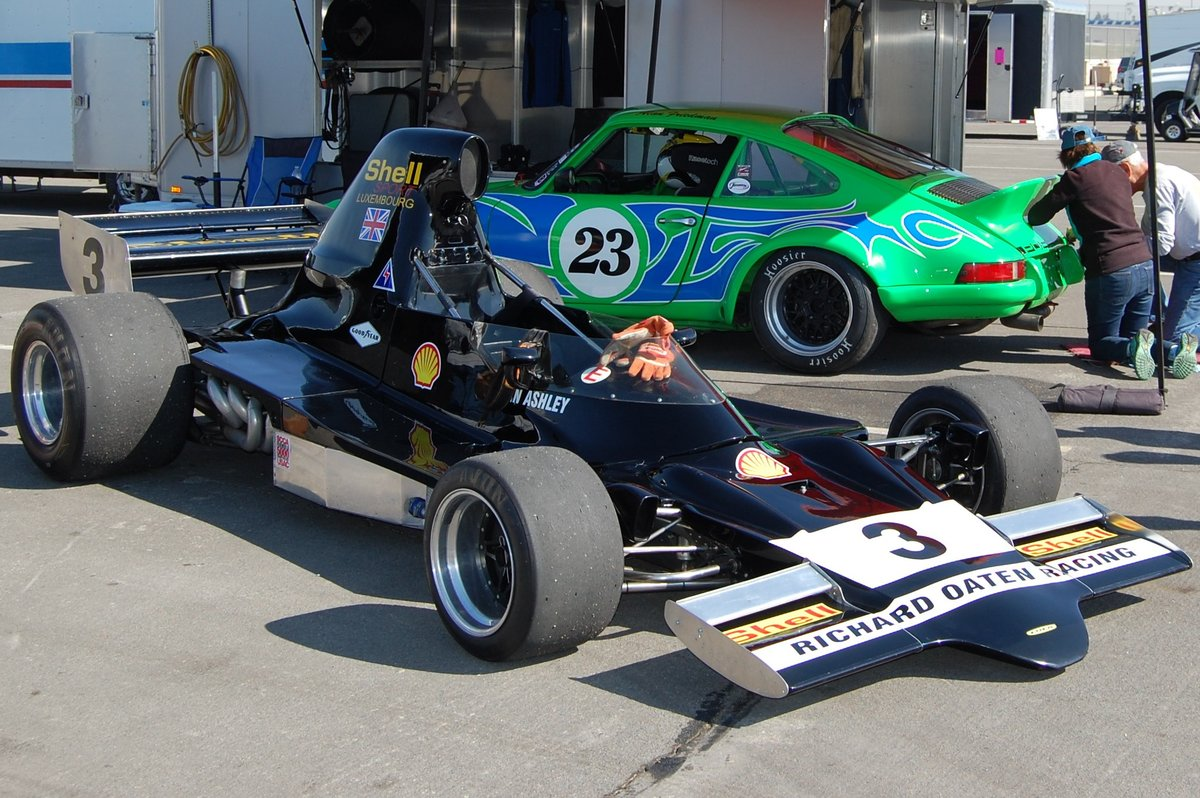 1975 Lola T400 F5000 in USA, $169K USD For Sale (picture 1 of 6)