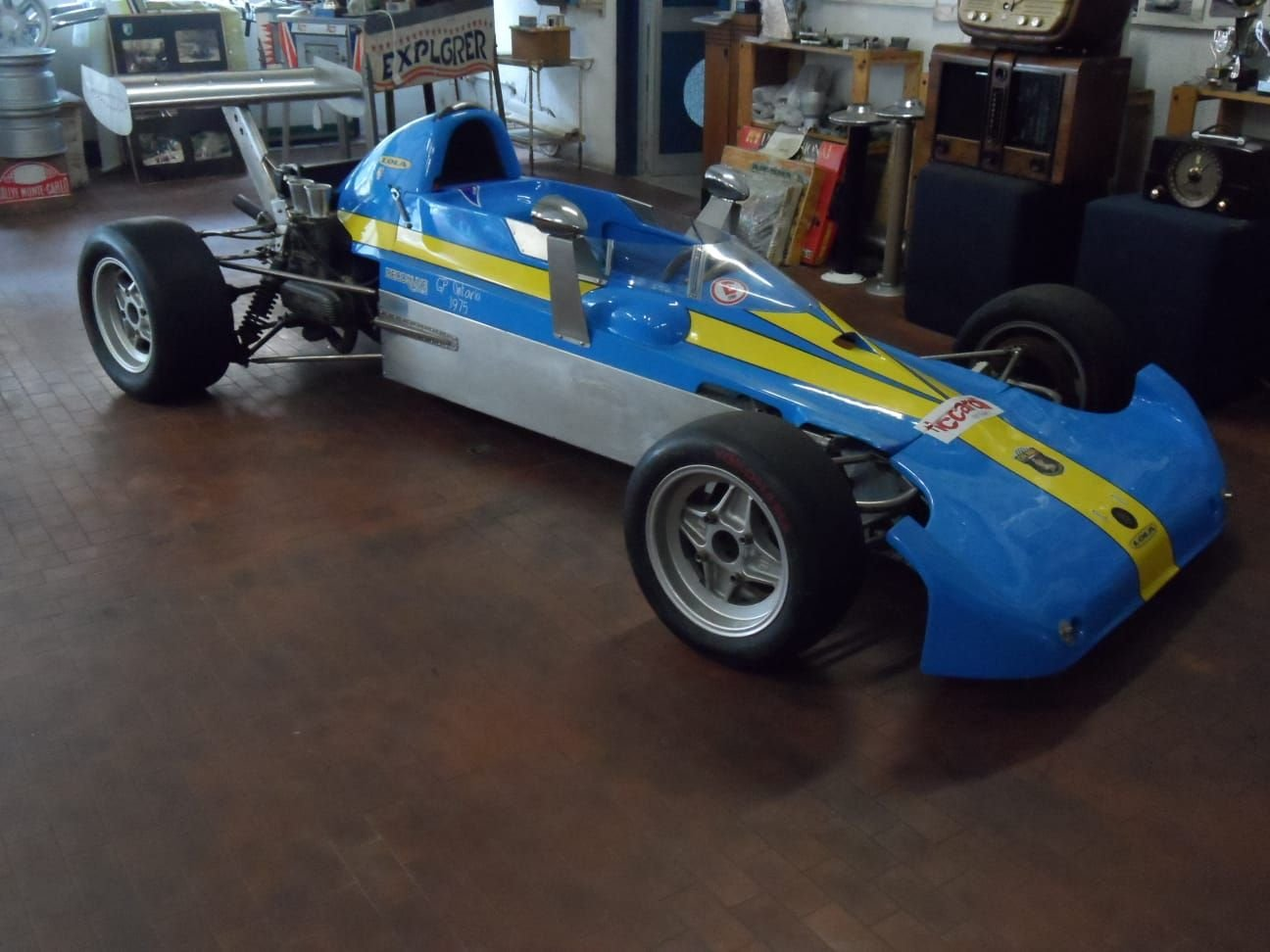 1974 LOLA CHASSIS FORMULA 3 +  Hewland  Gearbox. For Sale (picture 1 of 10)
