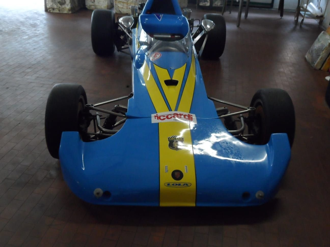 1974 LOLA CHASSIS FORMULA 3 +  Hewland  Gearbox. For Sale (picture 3 of 10)