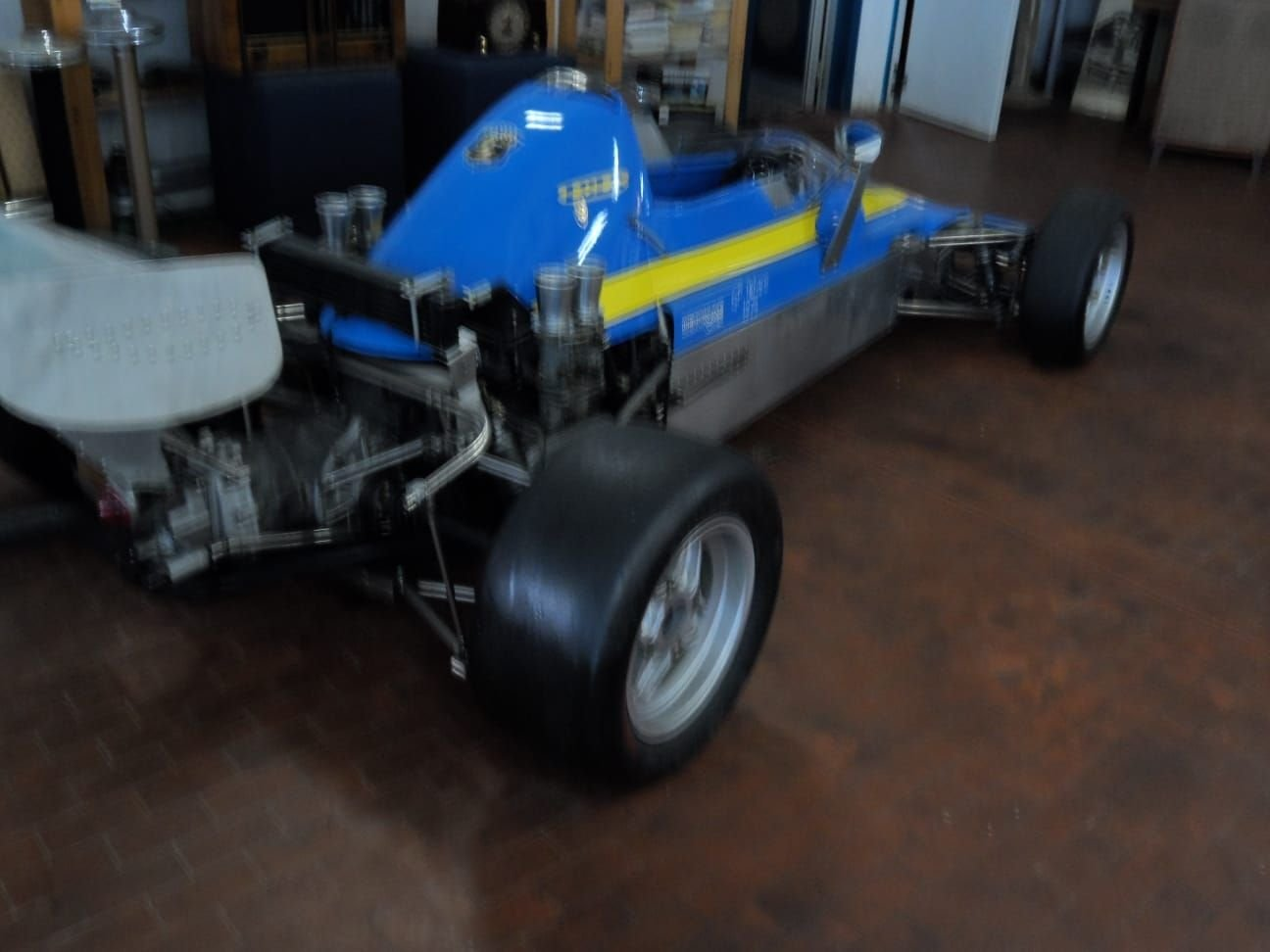 1974 LOLA CHASSIS FORMULA 3 +  Hewland  Gearbox. For Sale (picture 5 of 10)