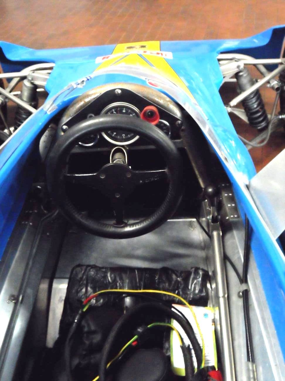 1974 LOLA CHASSIS FORMULA 3 +  Hewland  Gearbox. For Sale (picture 8 of 10)