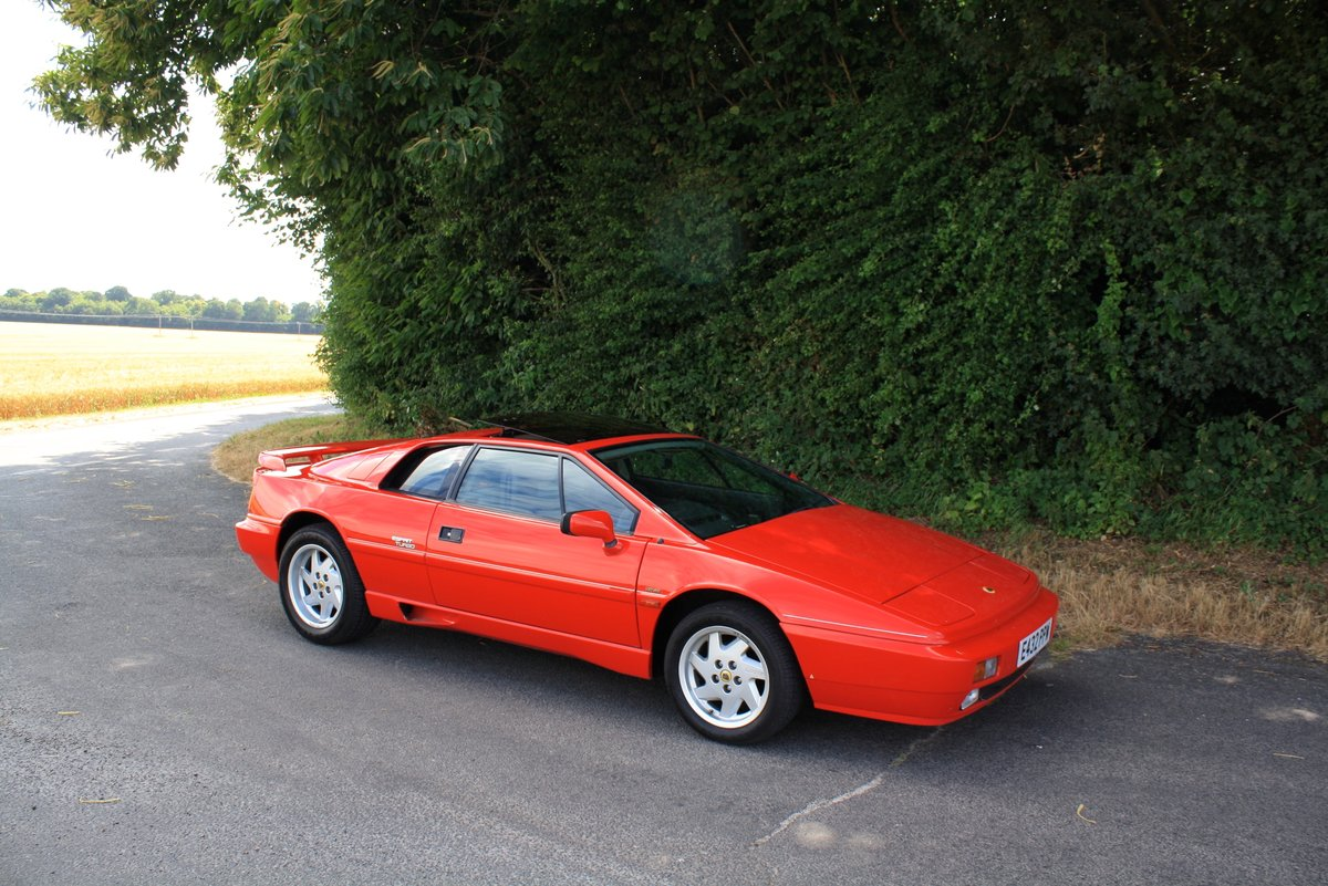 Lotus Esprit Turbo, 1988 (February).  Calypso Red / Raven SOLD (picture 1 of 6)