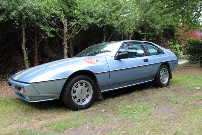LOTUS EXCEL 1985 RHD For Sale (picture 1 of 6)