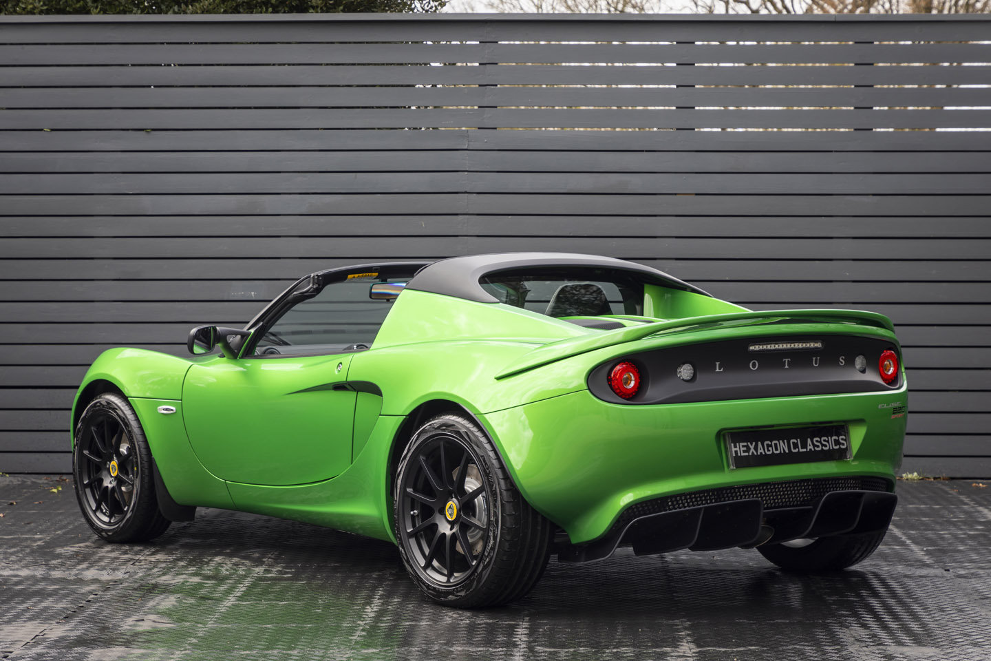 2019 LOTUS ELISE 220 SPORT SOLD (picture 2 of 6)