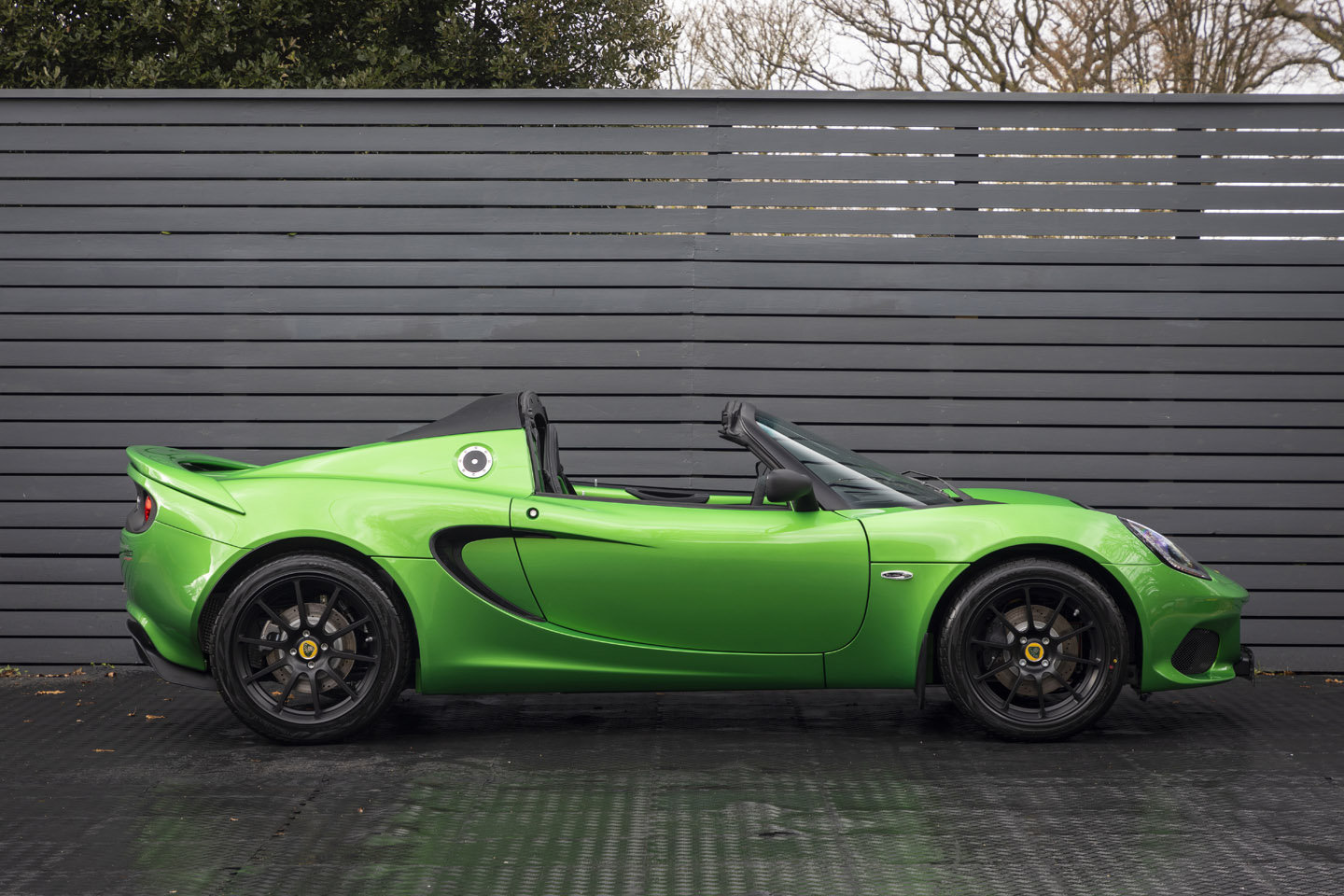 2019 LOTUS ELISE 220 SPORT SOLD (picture 3 of 6)