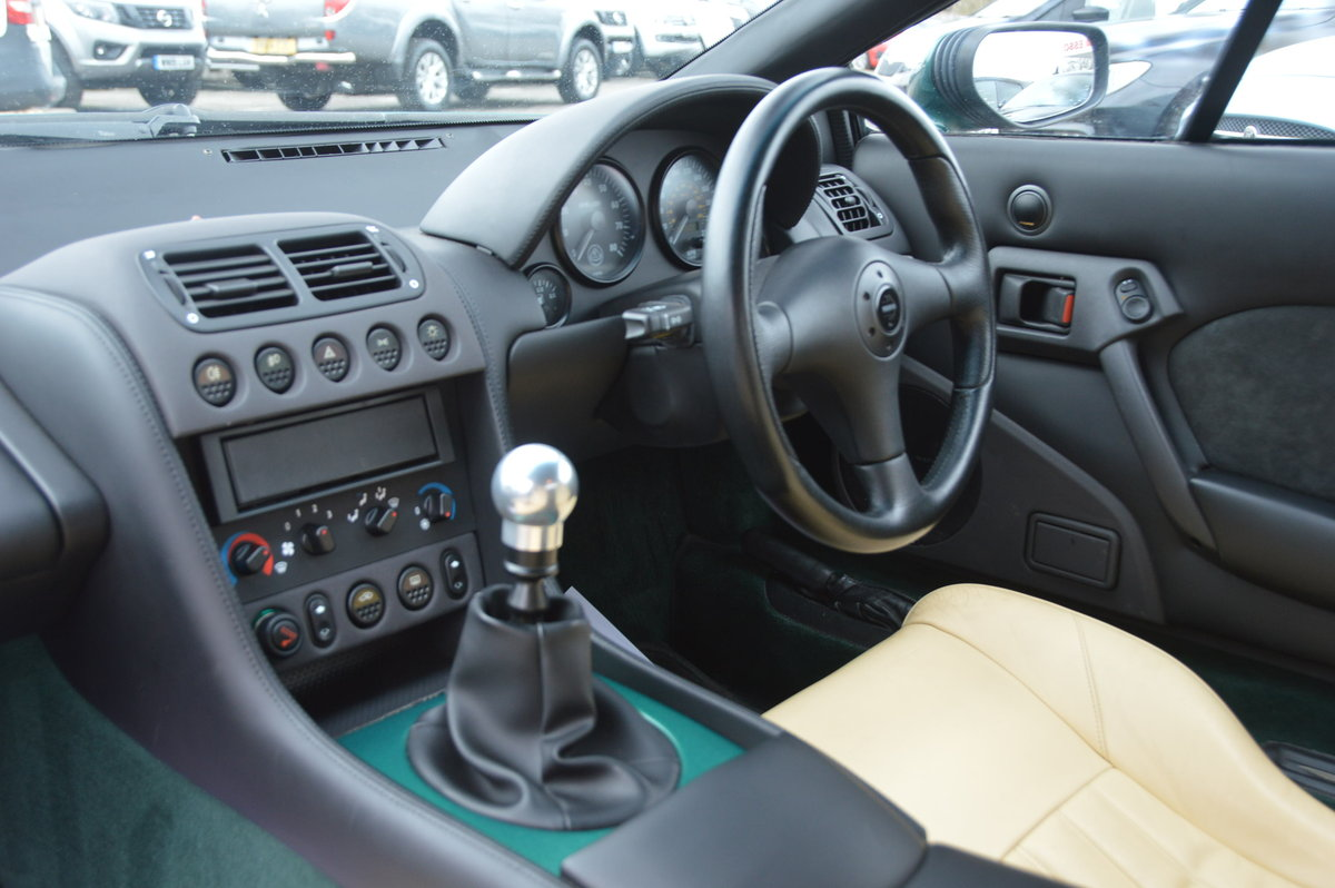 1998 Lotus Esprit 2.0 GT3 One Private Owner / 31,000m For Sale (picture 5 of 6)