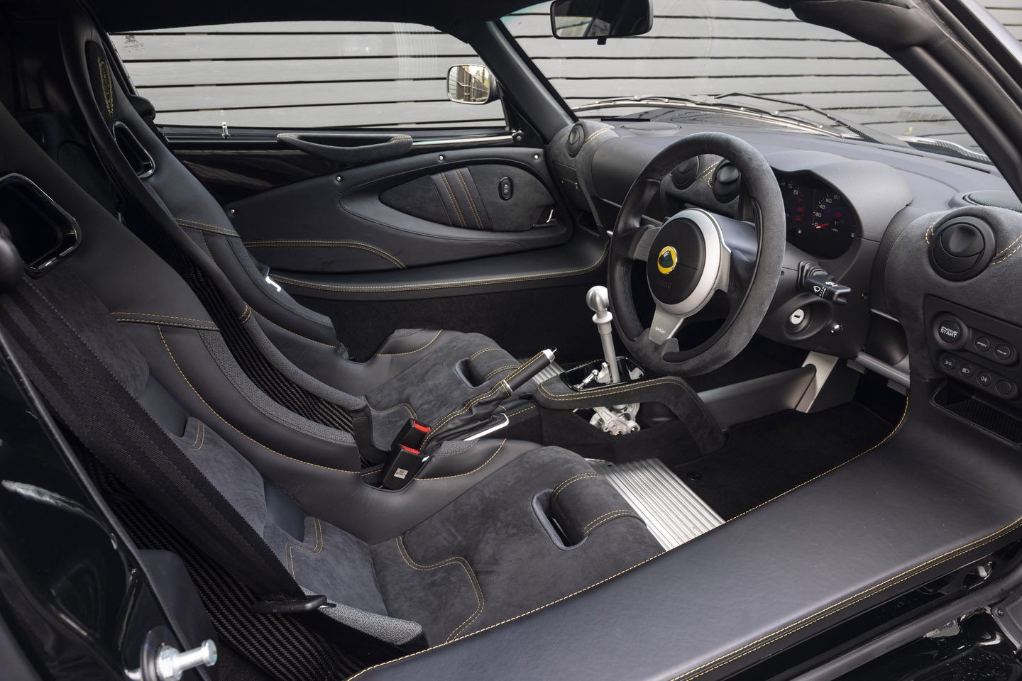 2019 LOTUS EXIGE SPORT 410 COUPE - NEW SOLD (picture 4 of 6)