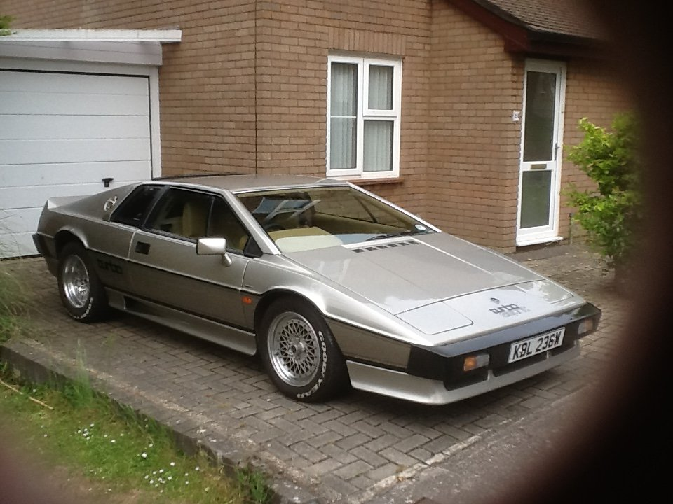 1981 DRY SUMP TURBO ESPRIT SOLD (picture 2 of 6)