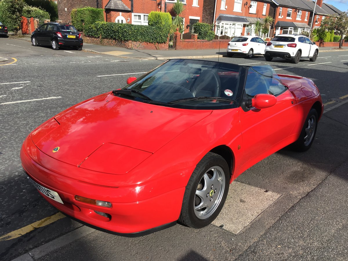 1991 Excellent Condition Classic Lotus Elan SE Turbo For Sale (picture 2 of 6)