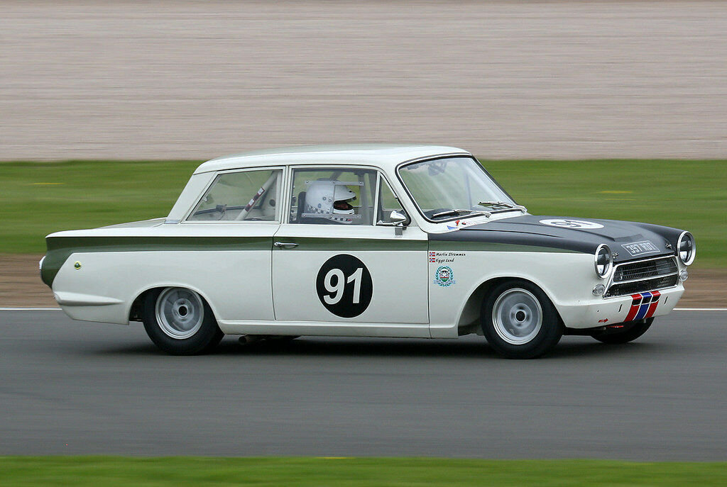 1963 LOTUS CORTINA F.I.A RACE CAR PROVEN RACE WINNER SUPERB! For Sale (picture 1 of 6)