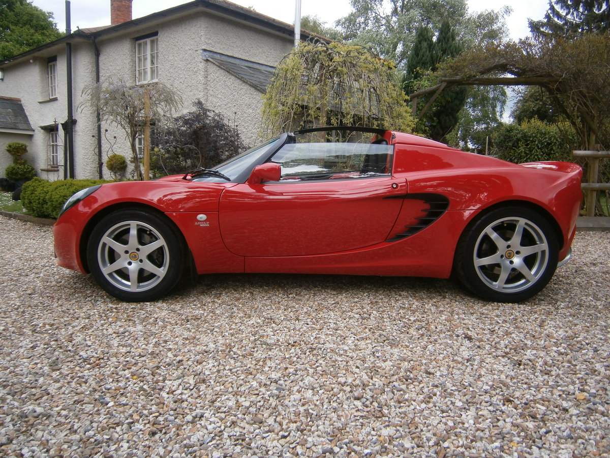 2002 LOTUS ELISE FACTORY 135 SPORT VERY LOW MILES  **SOLD DEPOSIT For Sale (picture 1 of 6)