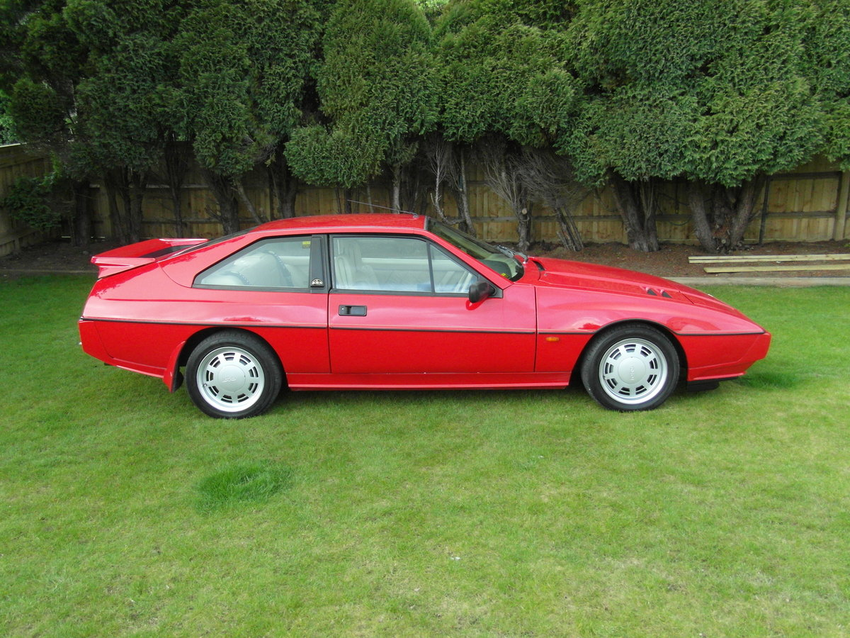 1988 Lotus  Excel SE 2.2 ***26,000 miles**** SOLD (picture 4 of 6)