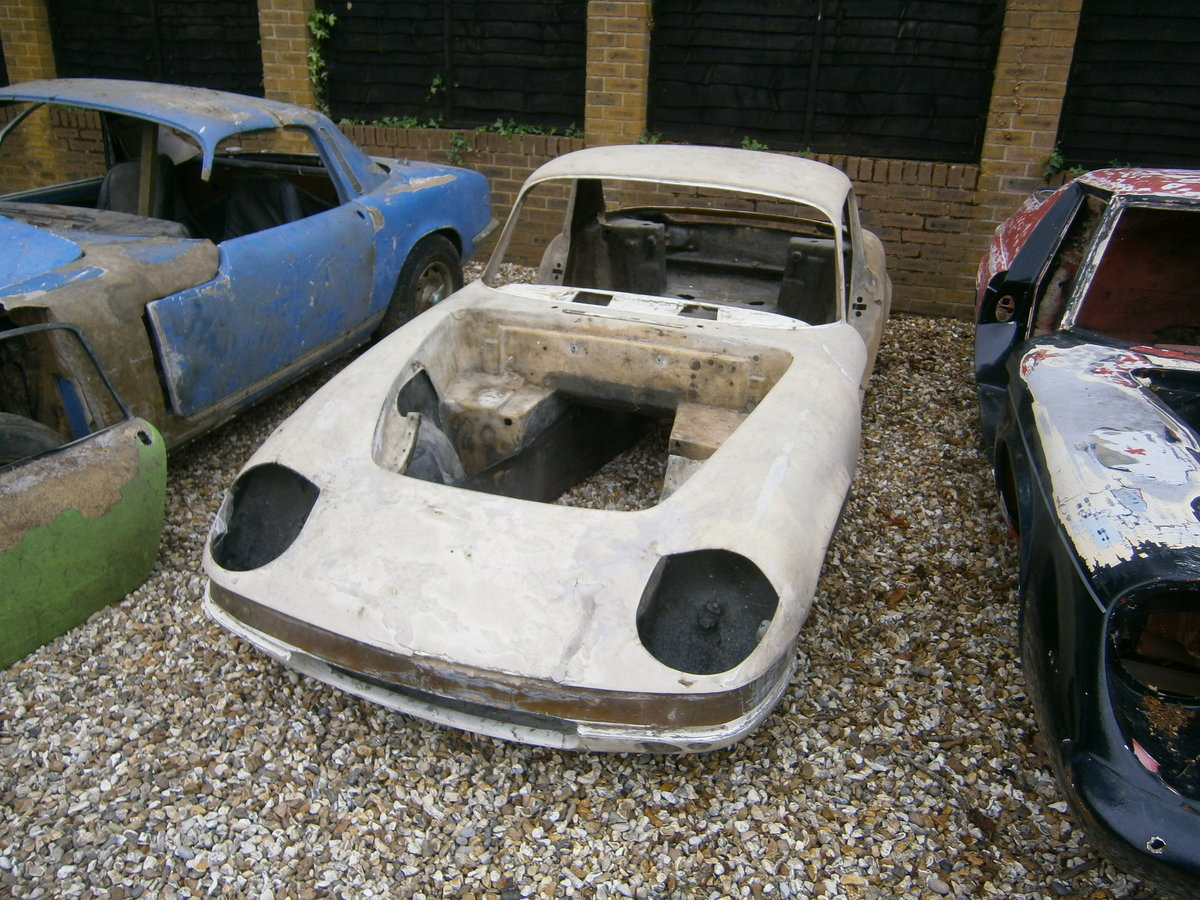 LOTUS ELAN S3 COUPE 1968 SPECIAL EQUIPMENT TRADE **SOLD** For Sale (picture 5 of 6)