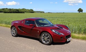 Picture of Lotus Elise 111R Touring, 2004.  Factory hard-top & soft-top SOLD