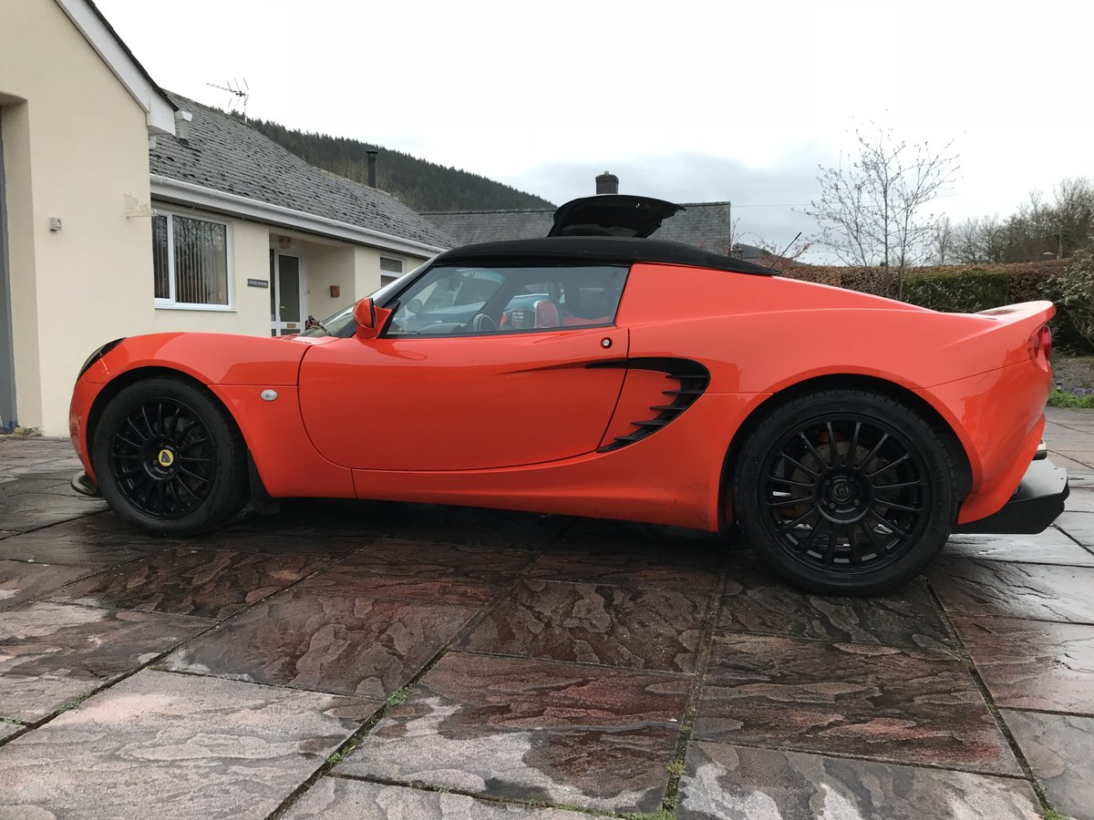 2001 Lotus Elise S2 Racetech - Lava Orange For Sale (picture 3 of 6)