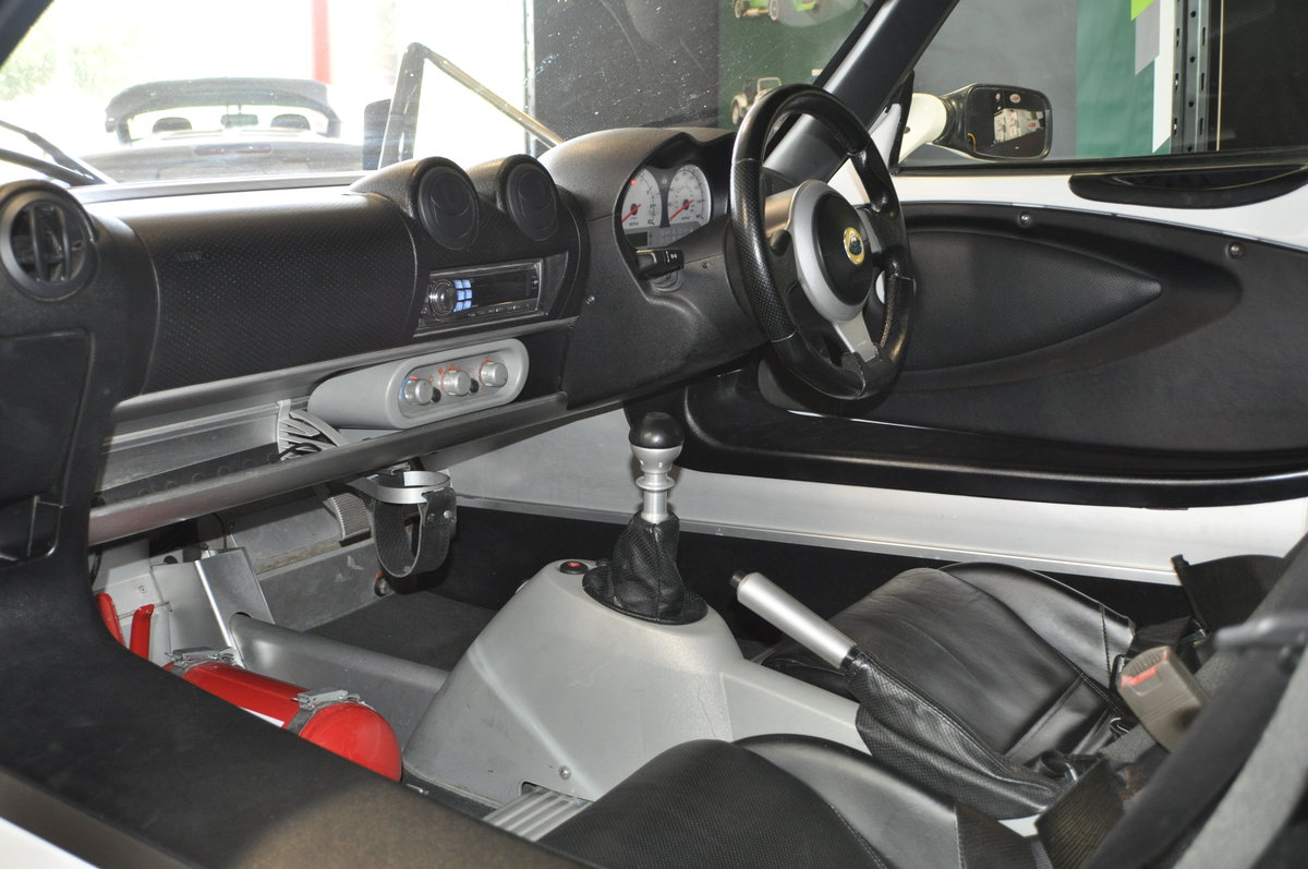 Lotus Exige 220 S White 2006 For Sale (picture 6 of 6)