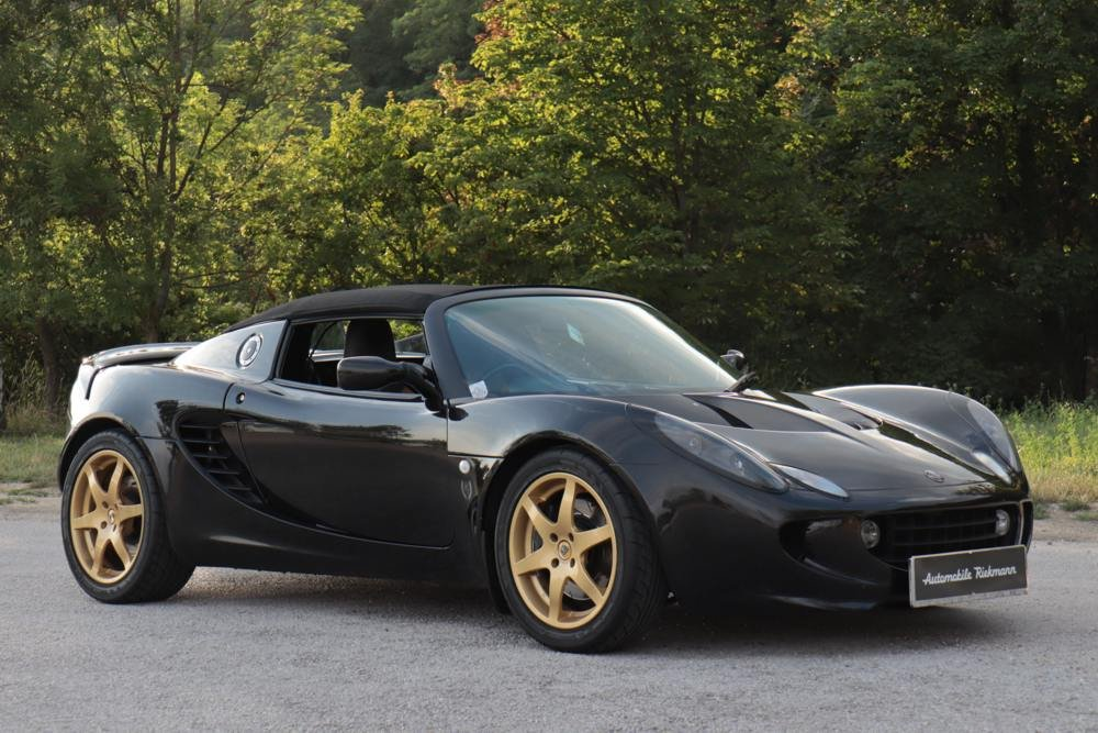 2002 Lotus Elise S2 JPS Heritage Edition RHD For Sale (picture 2 of 6)