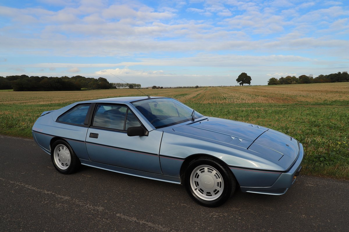 Lotus Excel 1986.  Last owner 31 years.  Glacier blue. For Sale (picture 1 of 6)