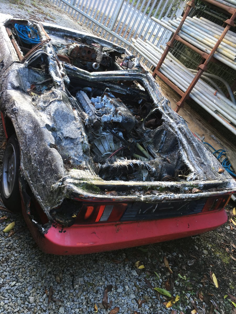 1988 Lotus esprit for parts only, fire damage, no id as cat b For Sale (picture 2 of 2)