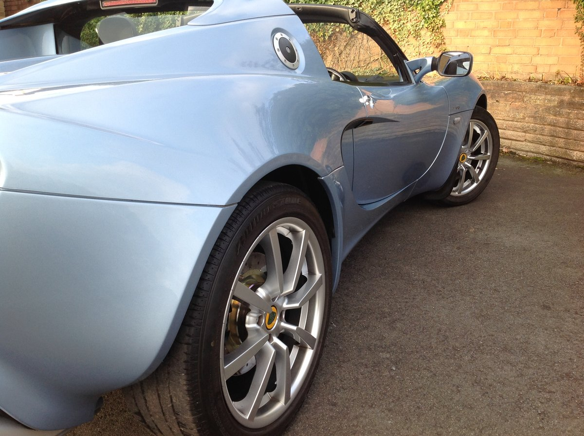 2006 Lotus Elise 111R Touring (189 BHP) For Sale (picture 2 of 6)