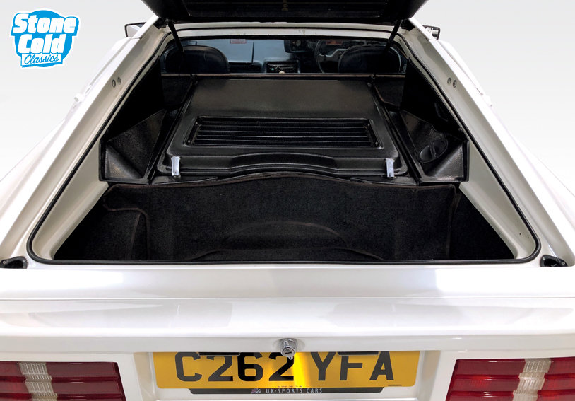 1985 Lotus Esprit Turbo Pearlescent white *DEPOSIT TAKEN* SOLD (picture 5 of 10)