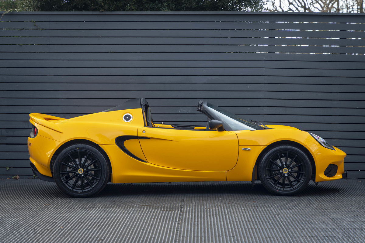 2020 YELLOW PAINTWORK WITH BLACK ALCANTARA INTERIOR For Sale (picture 2 of 24)