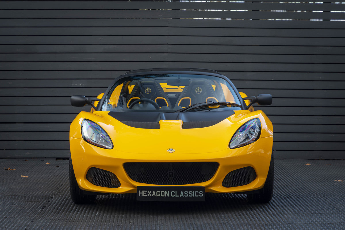 2020 YELLOW PAINTWORK WITH BLACK ALCANTARA INTERIOR For Sale (picture 3 of 24)