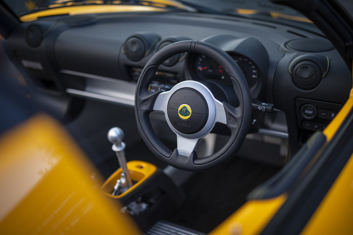 2020 YELLOW PAINTWORK WITH BLACK ALCANTARA INTERIOR For Sale (picture 6 of 24)