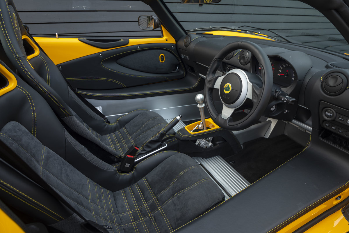 2020 YELLOW PAINTWORK WITH BLACK ALCANTARA INTERIOR For Sale (picture 7 of 24)