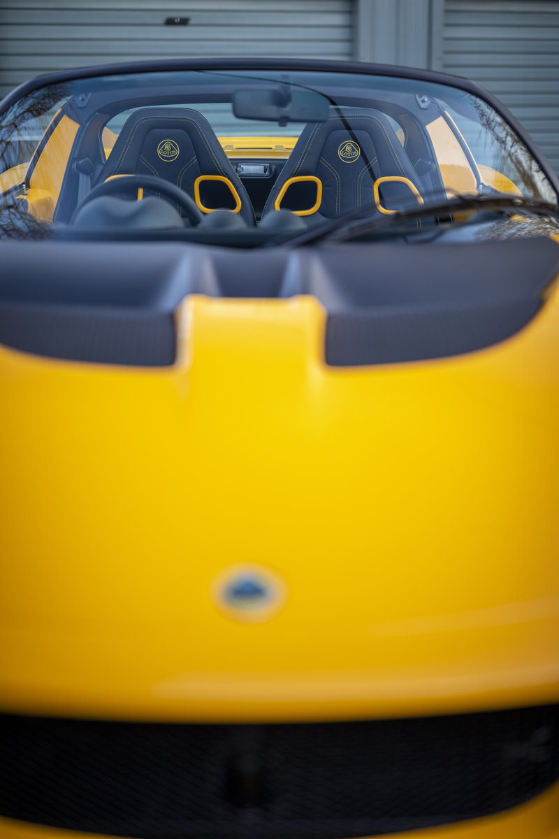 2020 YELLOW PAINTWORK WITH BLACK ALCANTARA INTERIOR For Sale (picture 13 of 24)
