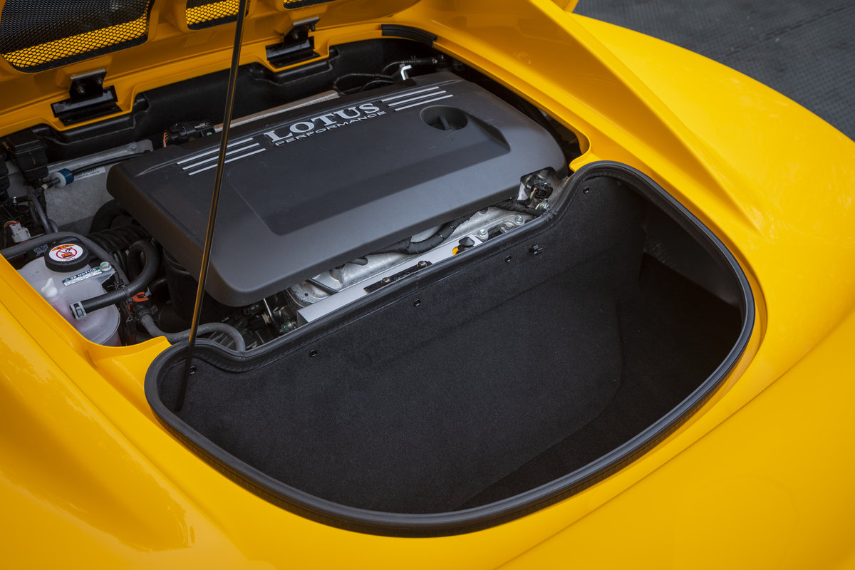 2020 YELLOW PAINTWORK WITH BLACK ALCANTARA INTERIOR For Sale (picture 16 of 24)