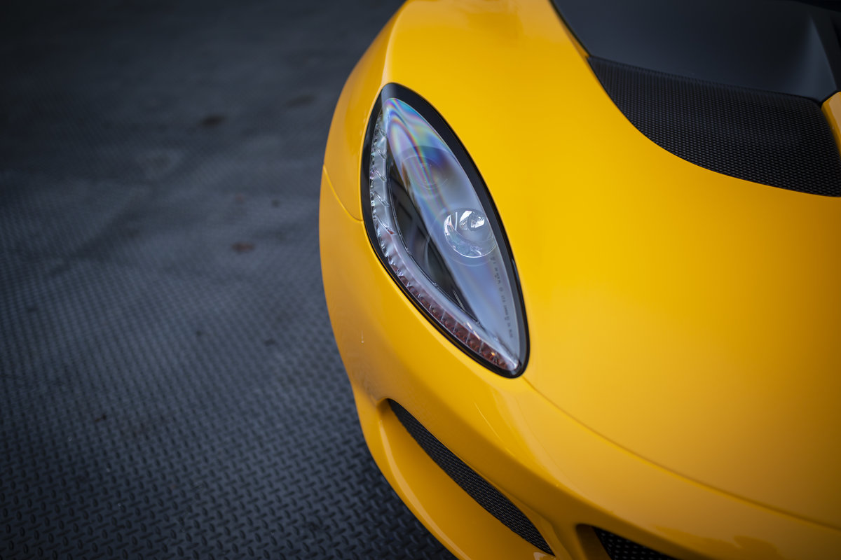 2020 YELLOW PAINTWORK WITH BLACK ALCANTARA INTERIOR For Sale (picture 19 of 24)
