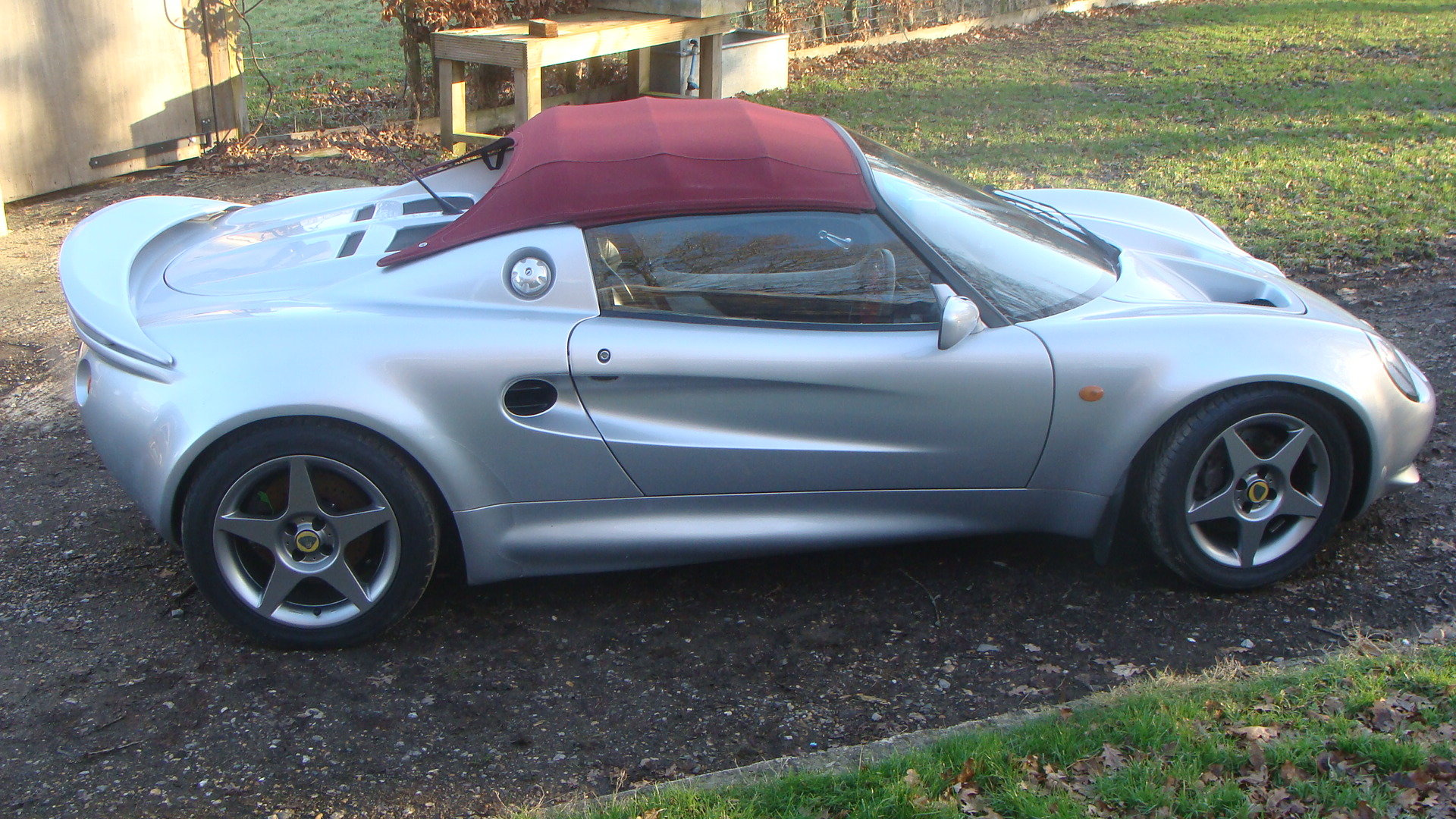 2000 Lotus Elise 160 Sport roadster For Sale (picture 1 of 6)