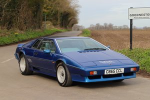 Lotus Esprit Turbo, 1986.  Essex Blue metallic