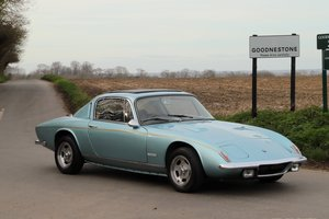 Lotus Elan+2S, 1970.   Ice blue metallic + black interior.