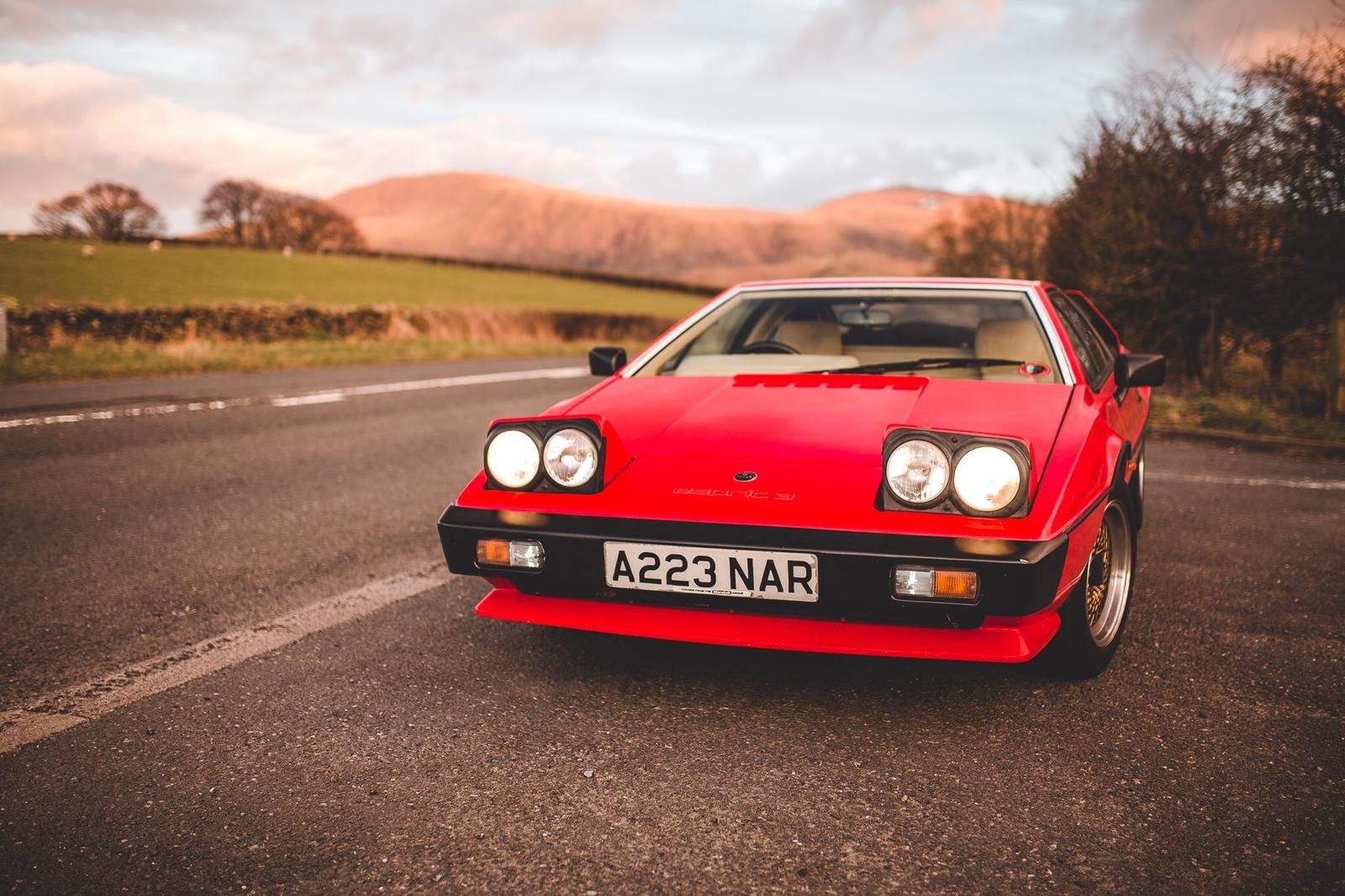 1983 Lotus Esprit S3 for hire in London & Surrey For Hire (picture 3 of 6)