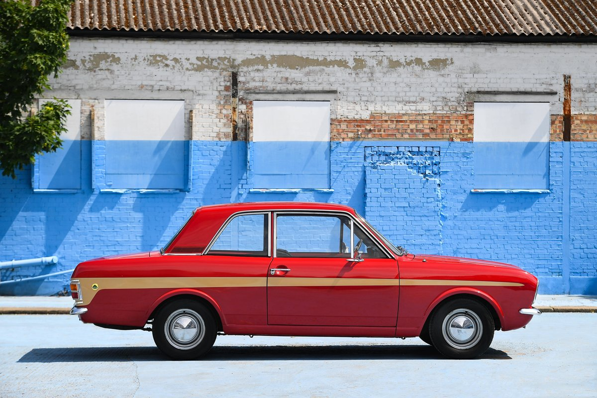 1970 Lotus Cortina Mark 2 SOLD (picture 3 of 16)