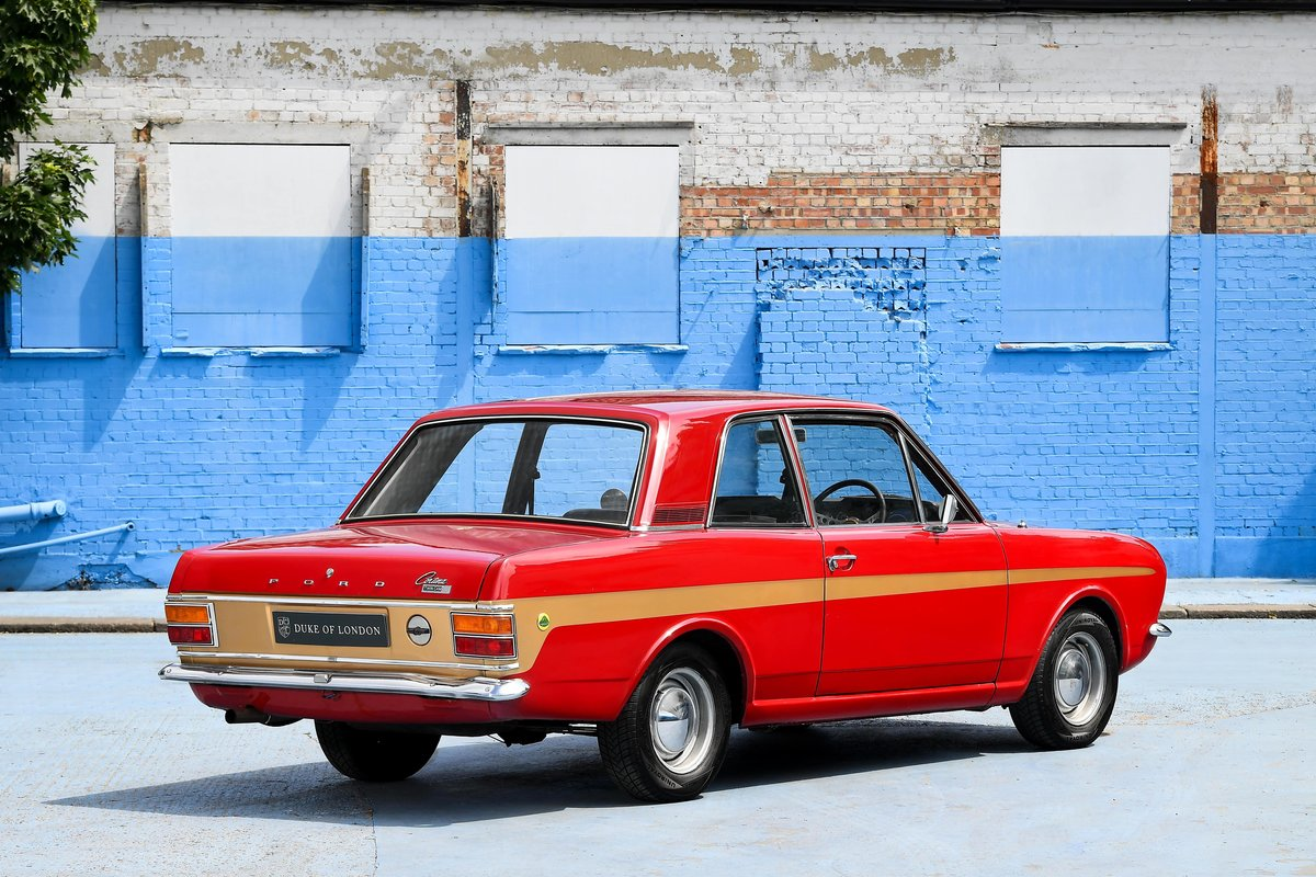 1970 Lotus Cortina Mark 2 SOLD (picture 4 of 16)