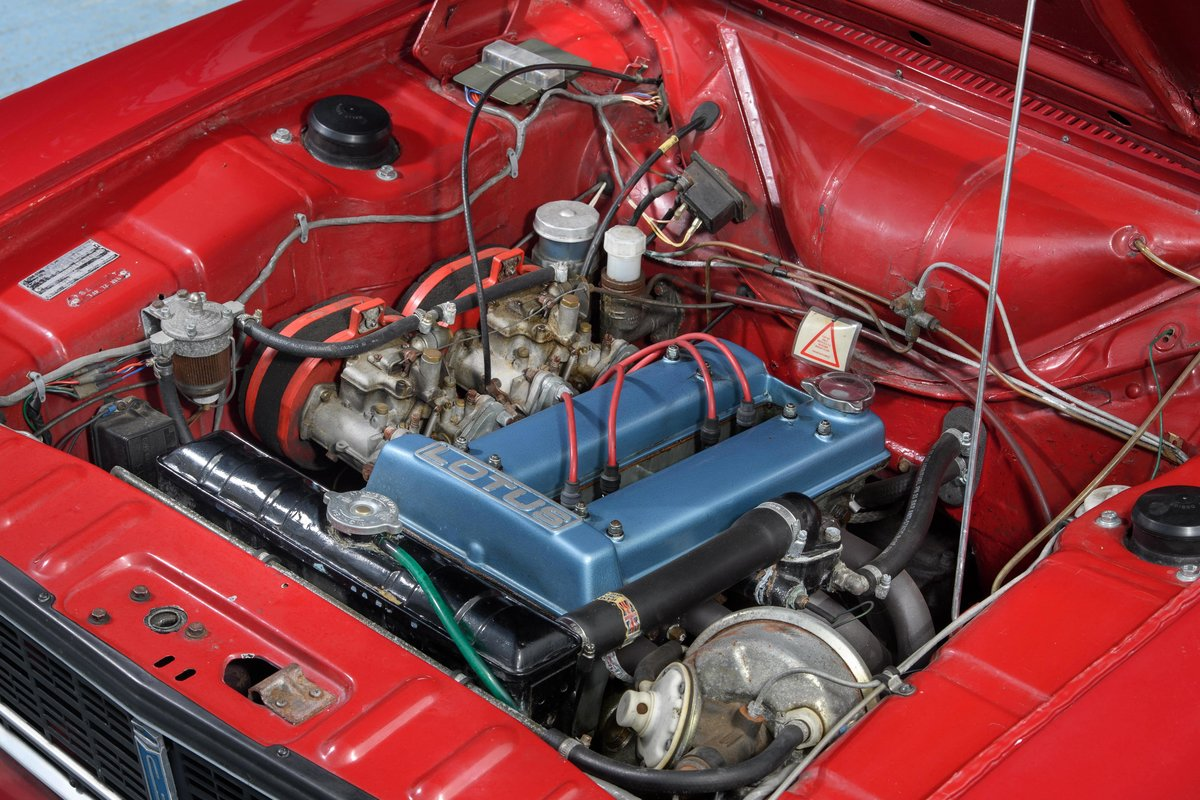 1970 Lotus Cortina Mark 2 SOLD (picture 10 of 16)