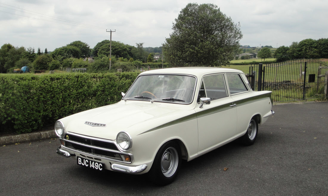 1965 Lotus Cortina Sports Saloon SOLD by Auction (picture 2 of 6)