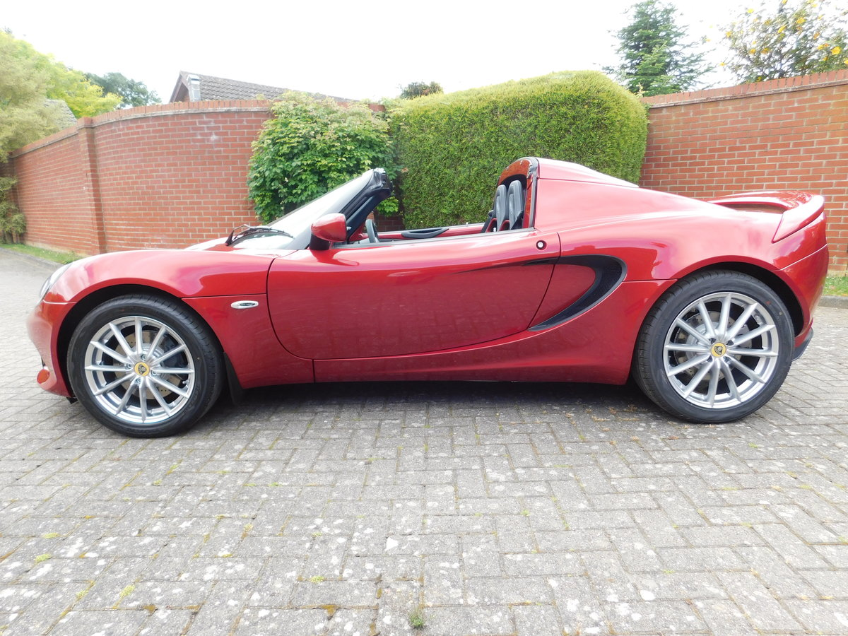 2020 Lotus Elise 220 Sport Brand New (SOLD) For Sale (picture 4 of 17)
