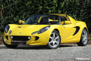 Picture of 2002 2,500 mile Lotus Elise S2 For Sale