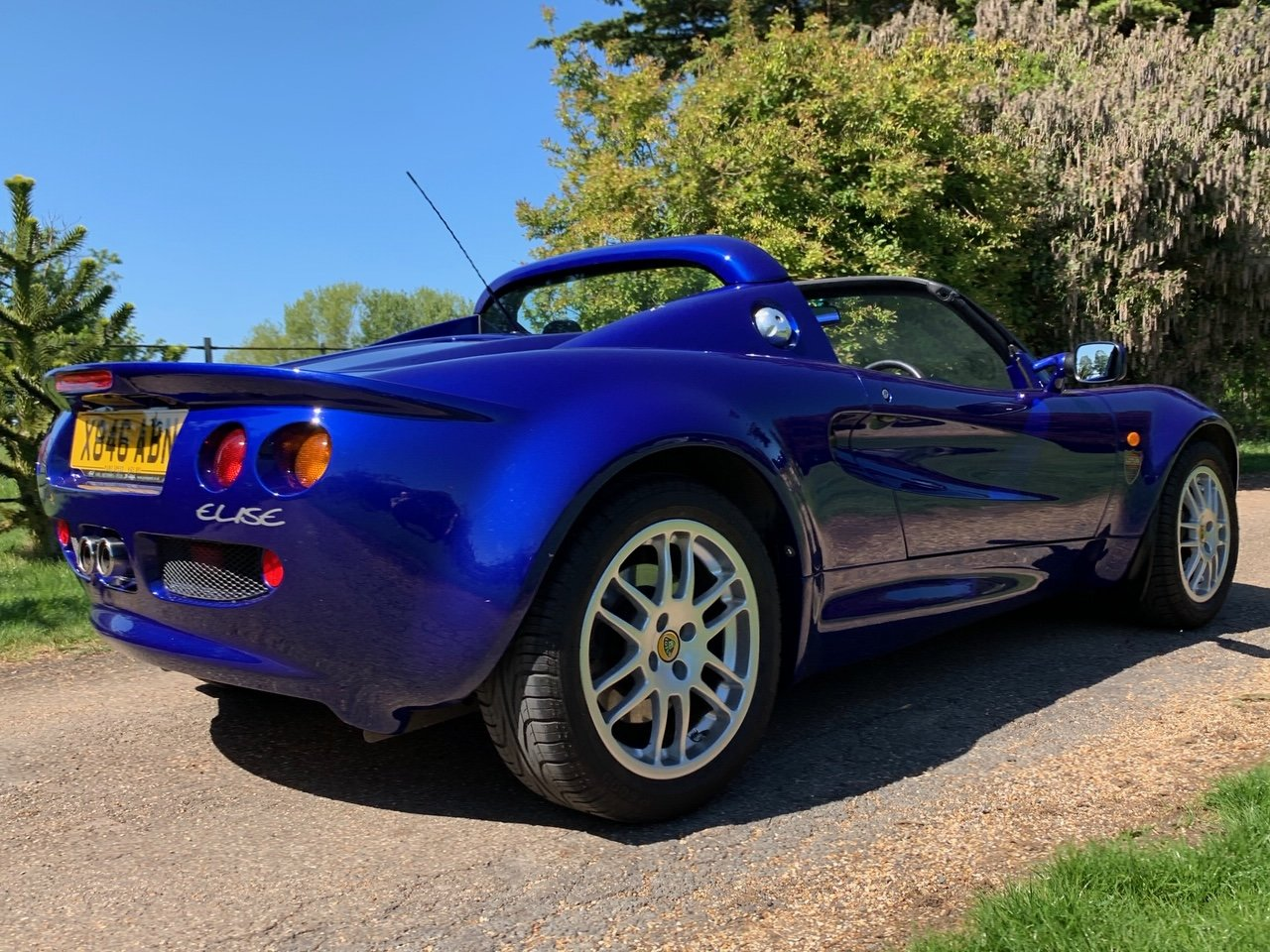 2000 Lotus Elise S1 - ONLY 17,900 Miles *** NOW SOLD *** For Sale (picture 3 of 6)