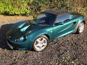 Picture of 1997 Lotus Elise S1