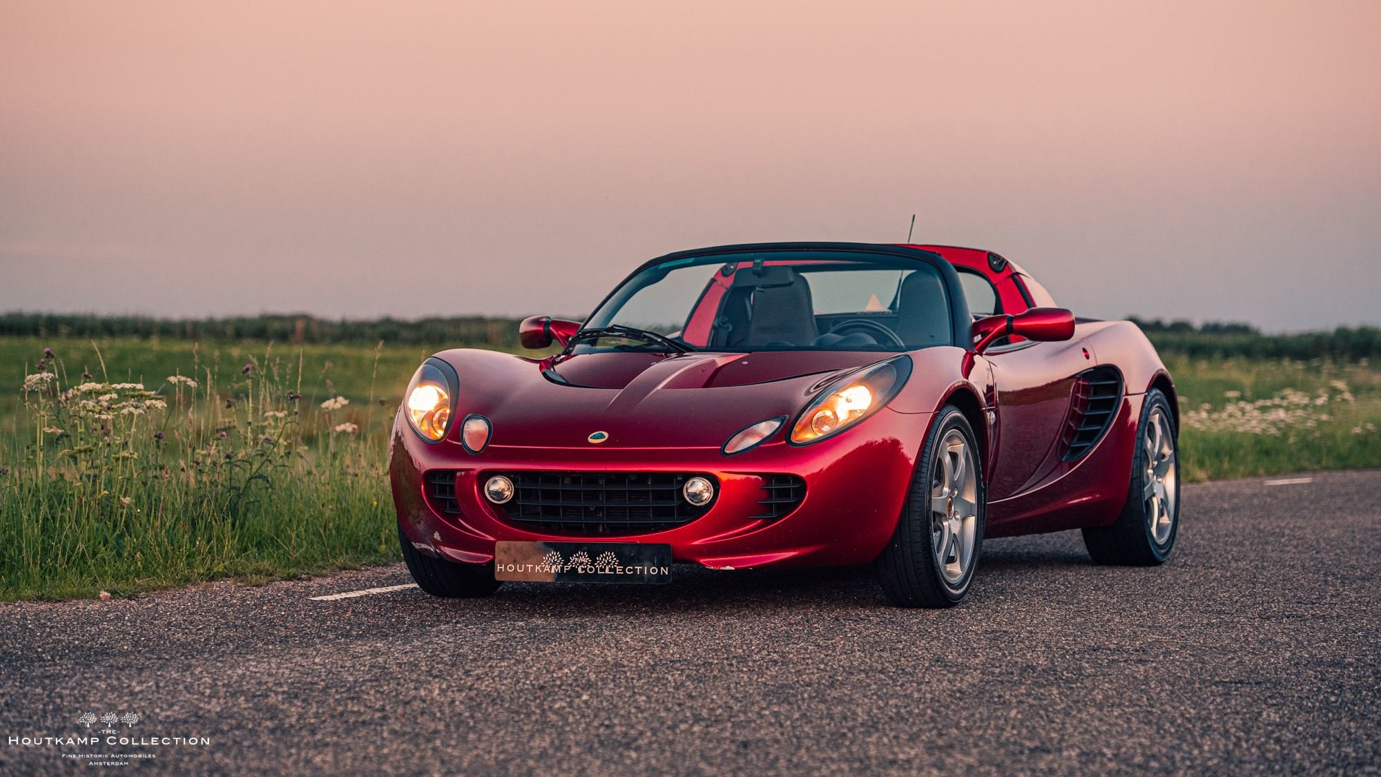 2002 LOTUS ELISE, Series II, 34000KMS SINCE NEW For Sale (picture 1 of 6)