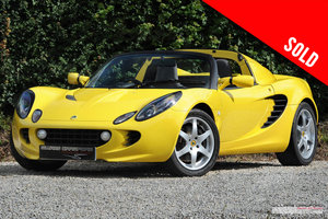 Picture of 2002 2,500 mile Lotus Elise S2 SOLD