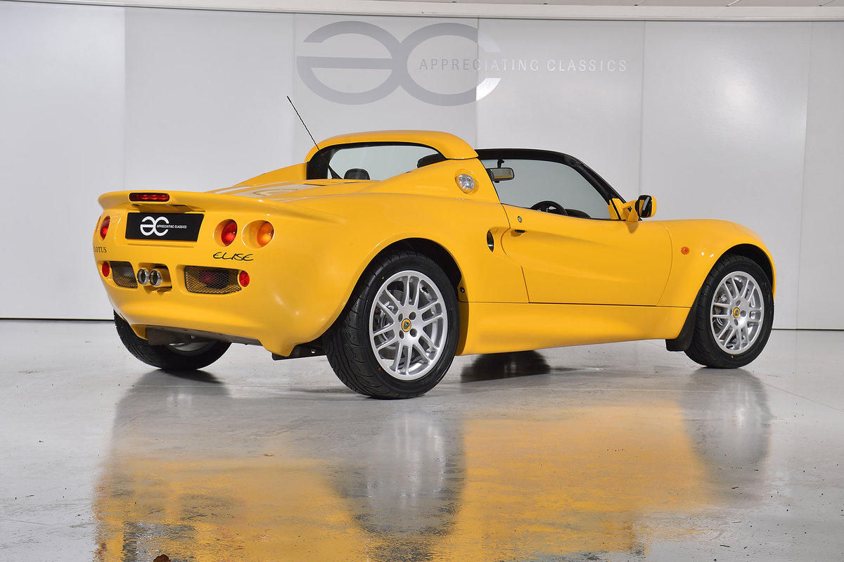 2000 One Owner - 25k Miles - Lotus Elise S1 - Fantastic History SOLD (picture 4 of 11)