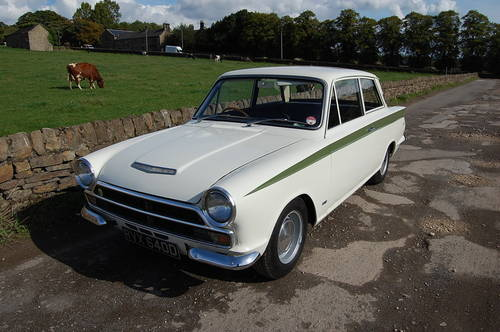 Lotus Cortina For Hire, Ford Cortina Lotus For Hire (picture 1 of 6)