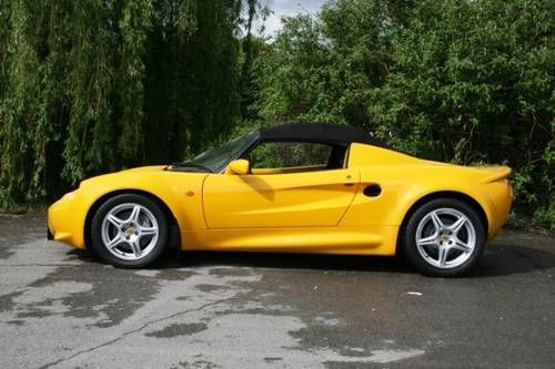 1998 Lotus Elise S1  SOLD (picture 2 of 6)