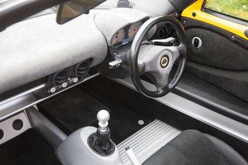 2004 LOTUS EXIGE SERIES 2 SOLD (picture 4 of 6)
